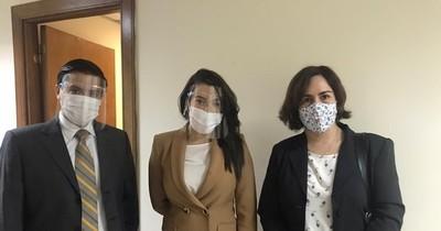 La Nación / Suspenden audiencia de Marly Figueredo por caso lavado de dinero