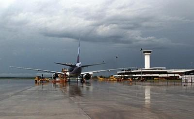 Apertura de puestos migratorios en aeropuertos para vuelos comerciales