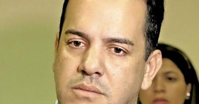 La Nación / Lluvia de impugnaciones en licitaciones que ganó firma vinculada a Friedmann