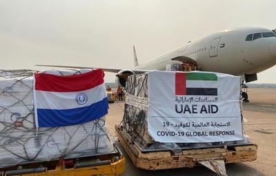 Llega avión con donación de insumos proveniente de Emiratos Árabes Unidos