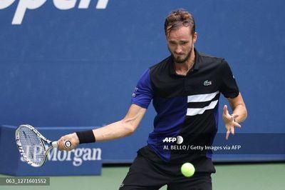 Medvedev accede a semifinales del Abierto de EEUU