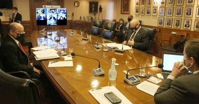 La Nación / Corte reduce actividad en juzgados ante contagio de funcionarios de COVID-19