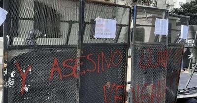 La Nación / Gobierno condena ataque a embajada en Argentina