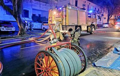 Oficinas del Ministerio del Urbanismo fueron consumidas por las llamas