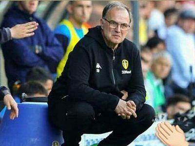 Marcelo Bielsa asegura su continuidad en el Leeds