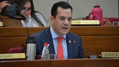 Senado pospone tratamiento de pérdida de investidura de Friedmann