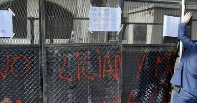 La Nación / Consulados en Argentina: Tercera protesta notificada, segunda con incidentes