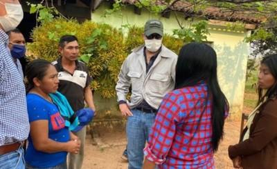 Marito se reúne con familiares de Adelio Mendoza y líderes indígenas