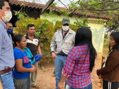 Mario Abdo visitó a familiares de Adelio Mendoza y líderes indígenas
