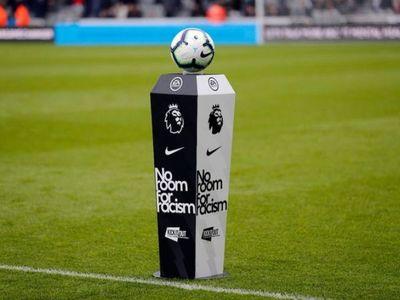 Los jugadores de la Premier llevarán una insignia contra el racismo