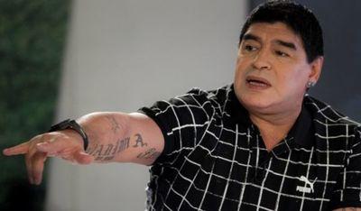 Maradona donará camisetas, comida y obras de infraestructura a diez ciudades argentinas
