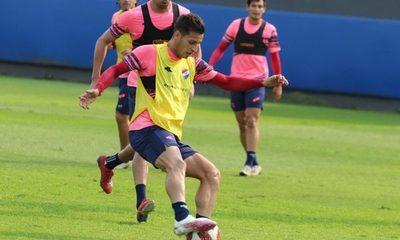 Contagio masivo de covid-19 en Nacional suspende el choque contra Cerro Porteño