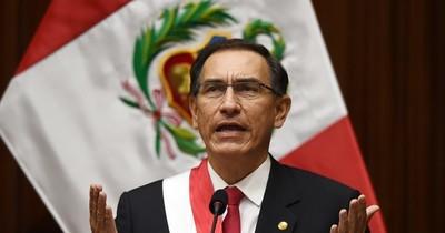 La Nación / Congreso de Perú debate moción para destituir al presidente Vizcarra