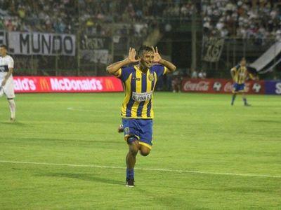 Julio Irrazabal, disgustado con la APF