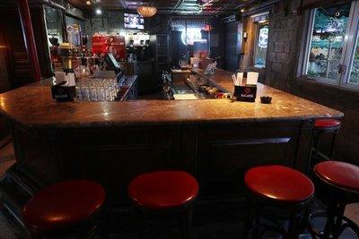 Florida reabrirá bares y cervecerías, pero en Miami-Dade y Broward seguirán cerrados