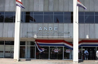 Poder Ejecutivo oficializa exoneración de facturas de ANDE y Essap de agosto