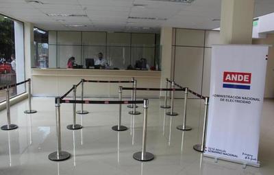 Ejecutivo extiende exoneración de facturas de ANDE y Essap