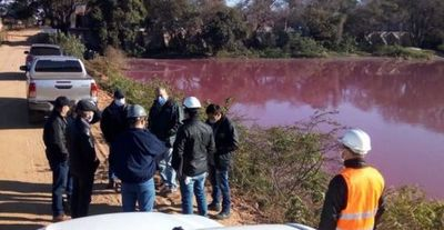 Multan por más de Gs. 1.600 millones a empresa por contaminación de Laguna Cerro