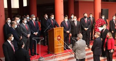 La Nación / Unidad: Abdo Benítez y Cartes, en acto de aniversario de ANR