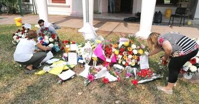 La Nación / Connacionales homenajearon a Paraguay