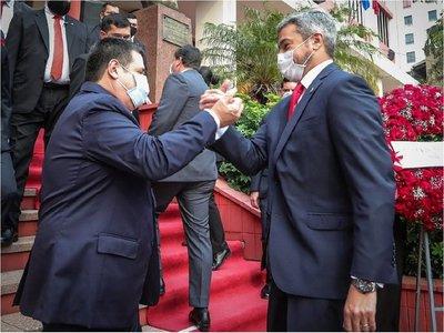 Abdo  y Cartes se jactan del pacto de unidad  en aniversario de la ANR