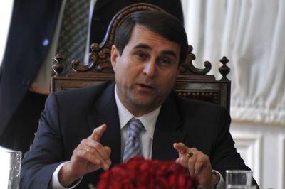 Expresidente habla de falla comunicional del gobierno en la lucha contra EPP
