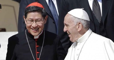La Nación / Cardenal filipino cercano al papa Francisco da positivo