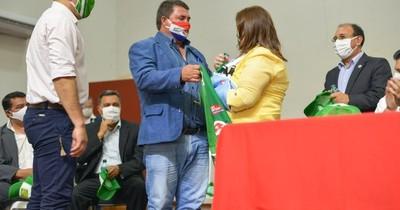 La Nación / Construirán estadio y pista de atletismo en Caaguazú