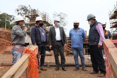 Verifican obra del puente de la Integración y anuncian trabajos complementarios