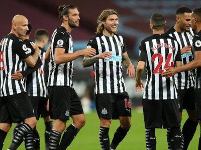 El Newcastle de Almirón arranca con triunfo