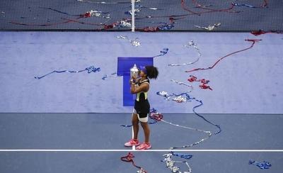 HOY / Osaka remonta un set ante Azarenka y consigue su segundo título del US Open