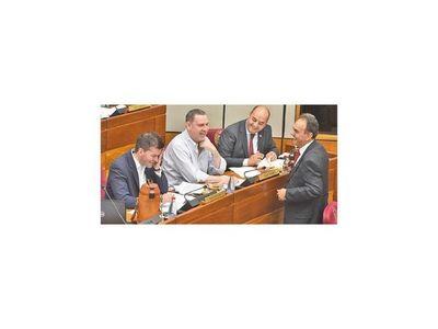 ZI decide destino de     otros  imputados por corrupción
