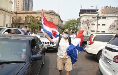 #ParaguaySinEPP: Caravana por la liberación de Óscar Denis y Adelio Mendoza