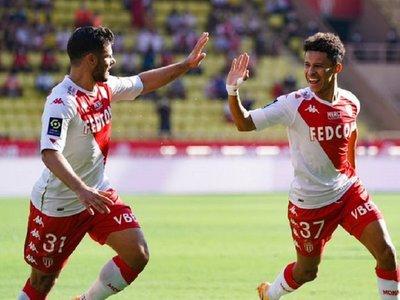 Rennes, Mónaco y Lille mantienen el pulso