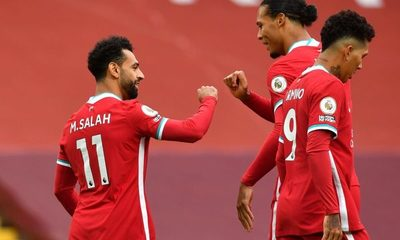 El Leeds de Bielsa perdió sobre el final en su debut contra Liverpool