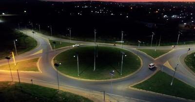 La Nación / Trabajos de iluminación en rutas registran 83% de avance