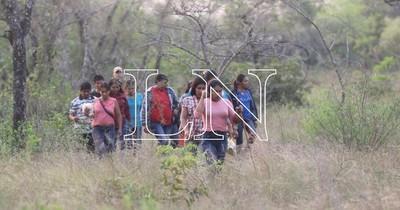 """La Nación / """"Símbolo de Dignidad"""": comunidades educativas se solidarizan con indígenas que rechazaron víveres del EPP"""