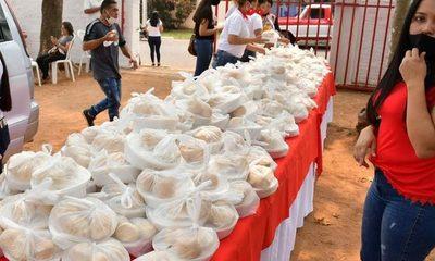 Reparten dos mil platos de tallarín en Atyra