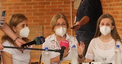 La Nación / Familia de Óscar Denis reitera pedido de vía de comunicación y prueba de vida