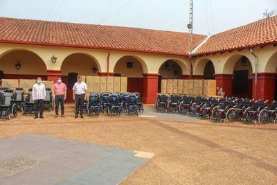 Taiwán dona 100 sillas de ruedas a la Gobernación de Paraguarí