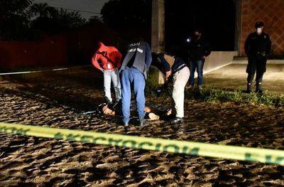 Investigan homicidio de un hombre con frondosos antecedentes en Fernando de la Mora