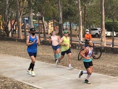 HOY / Ni el calor ni el humo detuvieron a las paraguayas que corrieron la maratón de Boston