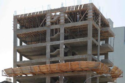 El Gobierno de Argentina reduce un 5 % el precio de 90 insumos para la construcción