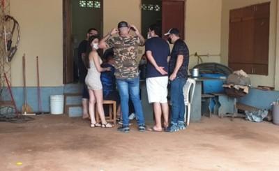 Farrearon toda la madrugada en una granja y seis quedaron detenidos
