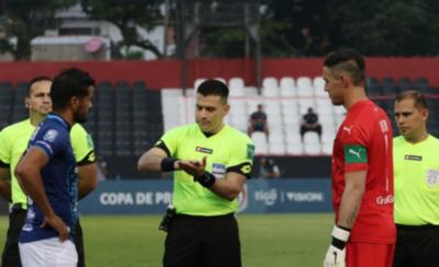 HOY / Cerro y Nacional jugarán con otra terna arbitral