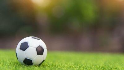 Desesperados y sin fútbol: más de 15.000 empleos directos del rubro de canchas sintéticas están en juego