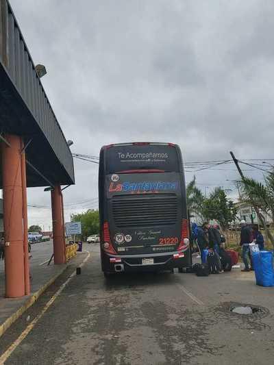 Más de 140 connacionales ingresaron al territorio paraguayo desde Argentina