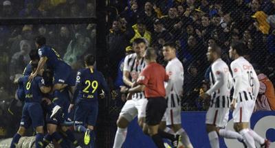 Libertad, indignado, repudia el 'trato diferenciado' a Boca Juniors