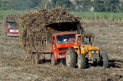 Brasil acuerda comprar etanol de Estados Unidos sin aranceles