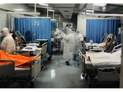 Derivaciones al privado evitan, por ahora, el colapso de Salud Pública